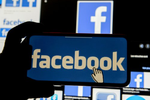 U.S. Supreme Court backs Facebook in case about unwanted texting