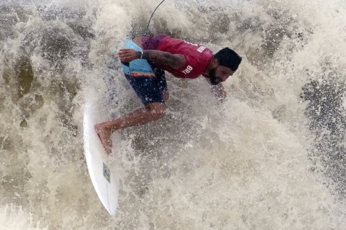 GLIMPSES: At Olympic beaches, surf's definitely up