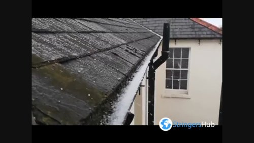 UK: Thunderstorm with torrential rain and hail hits across country