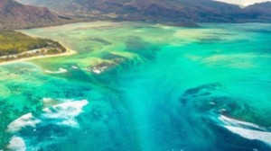 This Amazing Underwater Waterfall is the Most Beautiful Thing You'll See All Year