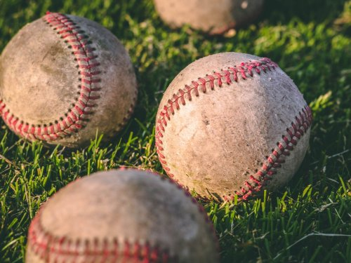 The science of pitching with sticky balls