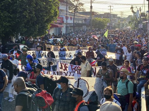 Over 2,000 migrants march out of southern city in Mexico