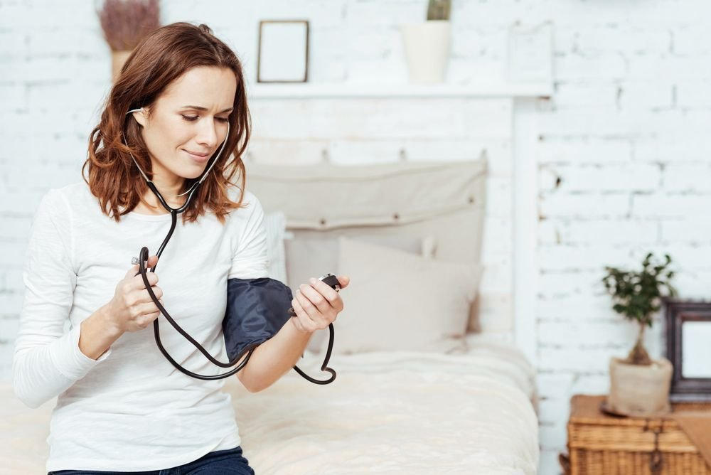 Possible Symptoms of High Blood Pressure and Tips for Managing It