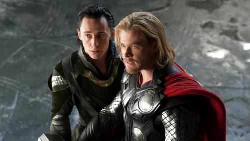 Chris Hemsworth Marks 10 Years of Thor