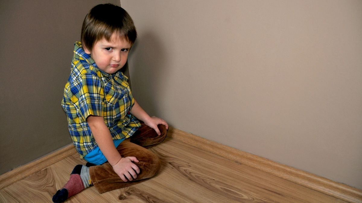An Age by Age Guide To Disciplining Your Kids