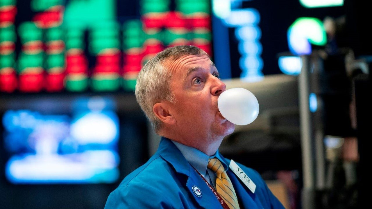 Worried about a market bubble? 4 tips for protecting your portfolio