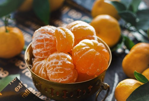Taking Too Much Vitamin C Can Actually Damage Your Thyroid