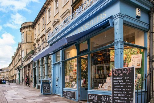 5 QUINTESSENTIAL ENGLISH CITIES THAT SHOULD BE ON EVERYONE'S LIST