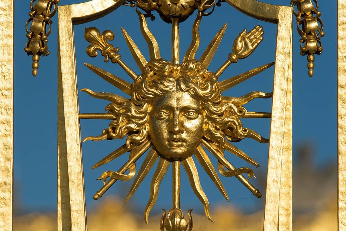 The Palace of the Sun King: 8 Key Facts About Versailles