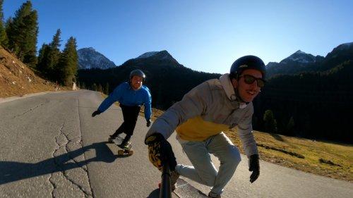 Happy Longboard Buddies Perfect Downhill Run