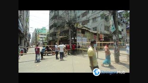 Locals set up bamboo barricades due to coronavirus in Dhaka, Bangladesh 2