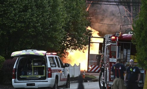 Several injured, one severely, in natural gas explosion in Pikesville | VIDEO