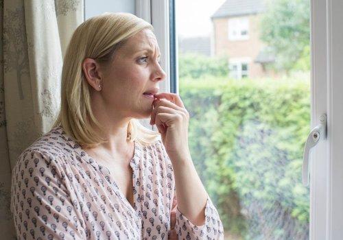 Agoraphobia: Signs, Symptoms, Causes, and Treatment
