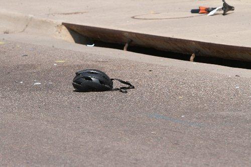 Driver rams racing cyclists in Arizona, 6 critically injured