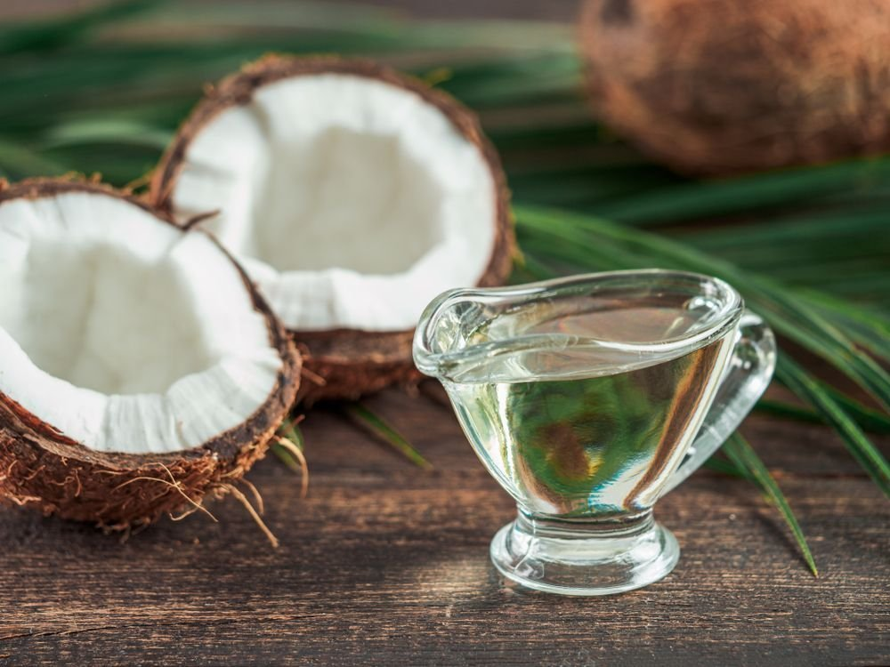 The Incredible Health Benefits of MCT Oil and Other Popular Oils