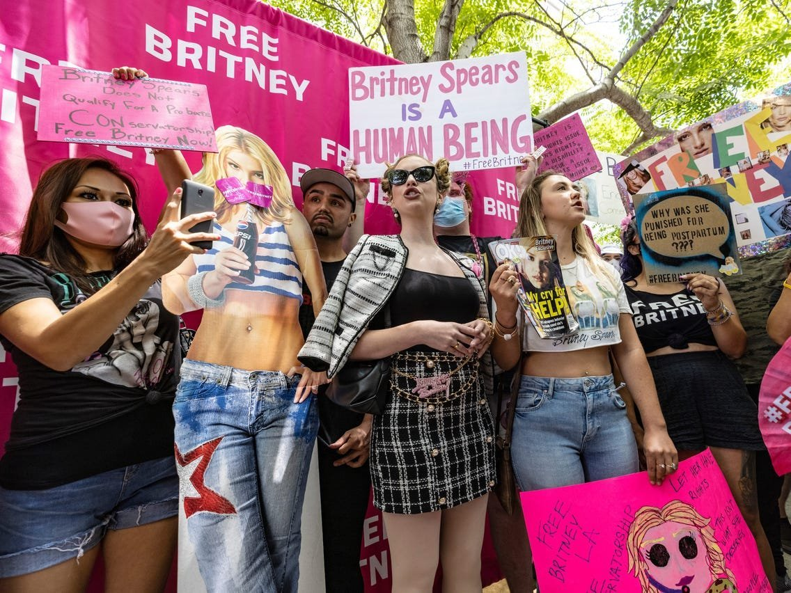 Photos show hundreds of Britney Spears fans offering support at #FreeBritney rally as she speaks out against her conservatorship