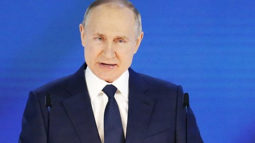 Russian President Vladimir Putin warns foreign rivals not to 'cross a red line'
