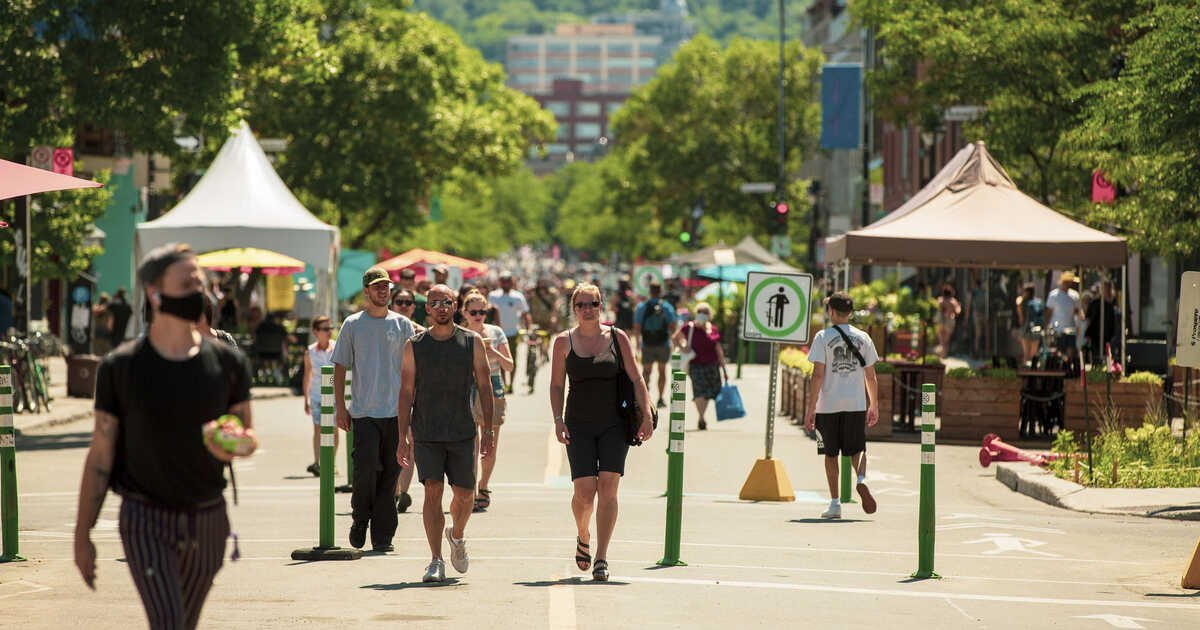Ave. du Mont-Royal Be Pedestrian Only & Here's What's Planned For This Summer