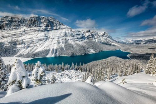 9 Stunning Lakes in Canada