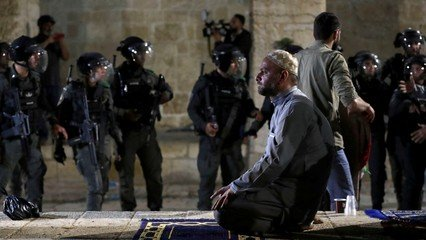 More than 60 Palestinians injured in new Jerusalem clashes