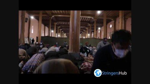 Kashmiri Muslims celebrate the first Friday of Ramadan in India 5