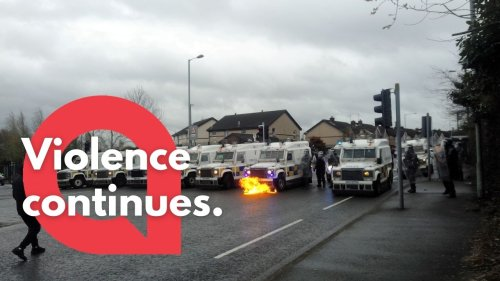Further Footage of riot police clashing with demonstrators in Belfast, Northern Ireland has emerged (RAW)