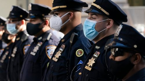 Mayor de Blasio announces vaccine mandate for all city workers, including NYPD, FDNY