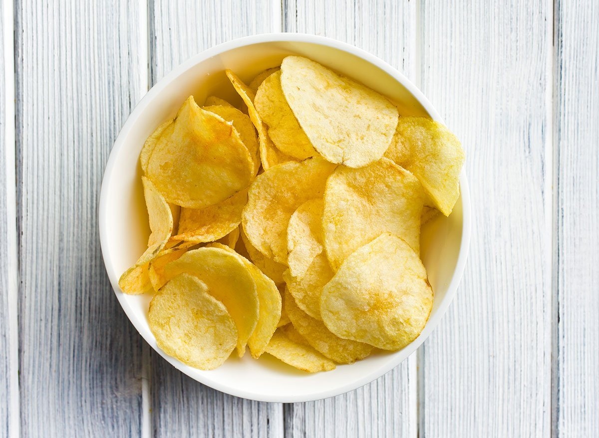 These Are the Potato Chips You Should Eat & Which to Avoid