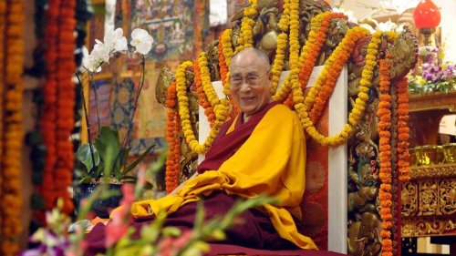 5 Spiritual Lessons From the Dalai Lama — Plus More About Buddhism