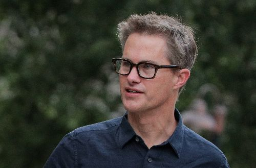 Venture investor Kevin Hartz targets tech founders with blank-check firm