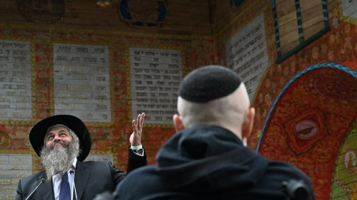 Ukrainian PM and chief Rabbi of Kyiv attend inauguration of symbolic synagogue in Babyn Yar