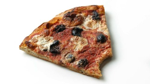 Room-temp Pizza: A Gamble or Good-to-go? — Plus Other Questionable Food Choices