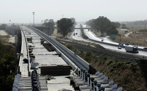 US will restore $1B for California's troubled bullet train