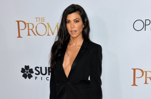 Kourtney Kardashian Posts Sultry, Shirtless Bedroom Pic Showing Off $1M Ring