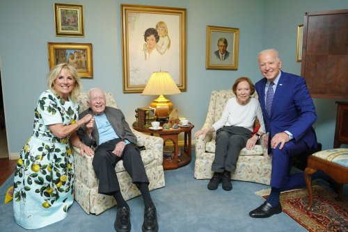 Why that Biden-Carter photo looks so weird