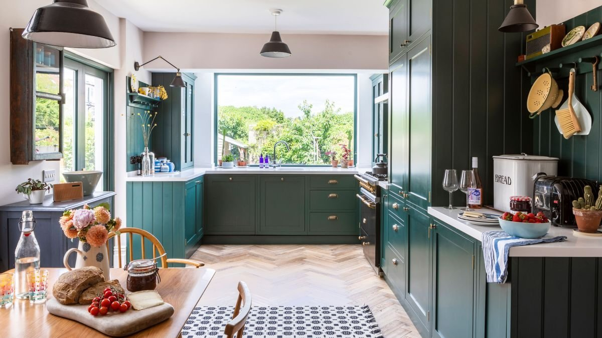 Your ultimate guide to green decor