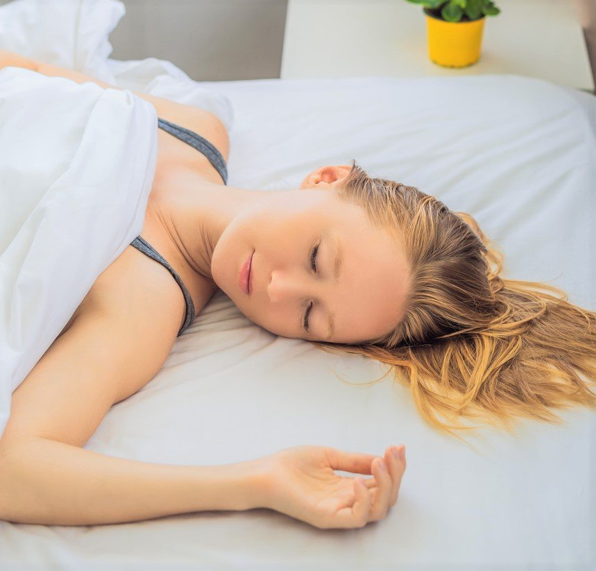 What Happens To Your Body When You Sleep Without A Pillow