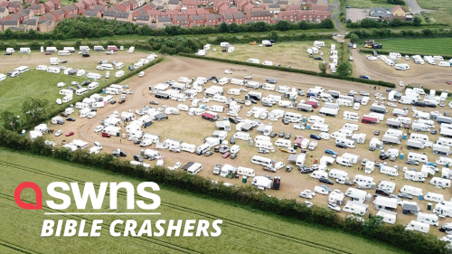 Thousands of travellers cause chaos after flocking to Oakham for a Pentecostal Christian event (RAW)