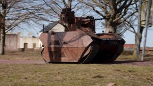 French Soldiers Train Alongside Robots of War