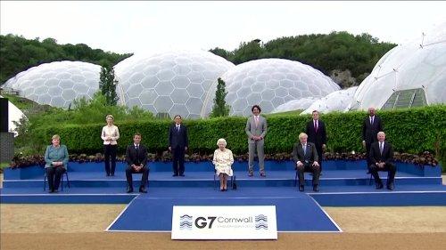 'Enjoying yourself?': Leaders laugh at Queen's joke