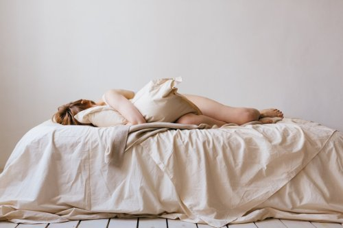 Your Mattress Is Filthy—Here's How To Clean and Deodorize It in Less Than 30 Min
