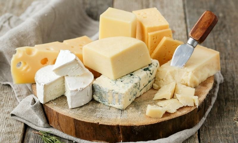 The Best Low Carb Cheese You Can Eat On Keto