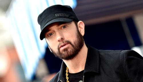 Eminem's daughter Hailie looks just like him in new viral post