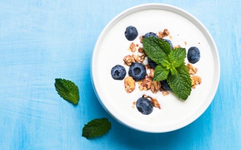 8 Things That Happen to Your Body When You Eat Greek Yogurt
