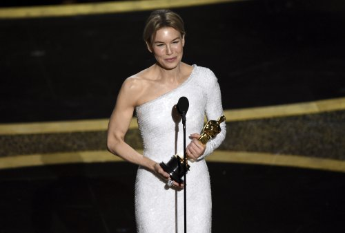 The Latest: Renée Zellweger wins best actress Academy Award