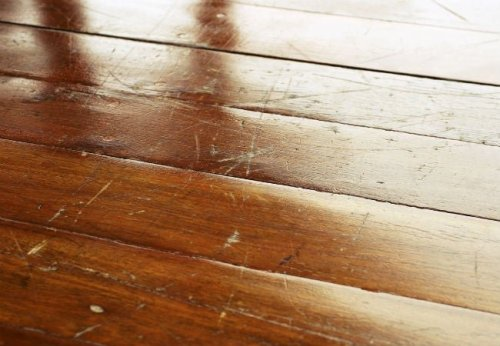 16 Quick Home Fixes Everyone Should Know How to Do