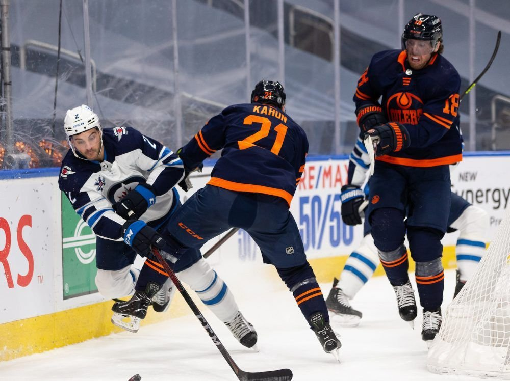 Edmonton Oilers clipped in Game 2 OT loss to Winnipeg Jets