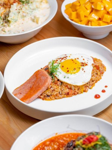 LA's Best Restaurants cover image