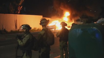 Palestinian and Jewish communities in violent clashes across Israel