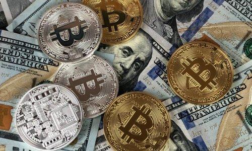 Bitcoin's 'not a threat' to U.S Dollar because...